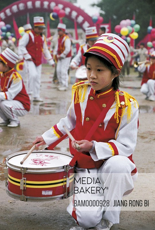 Children playing drums in the folk festival in Jin'an district, Fuzhou City, Fujian Province, People's Republic of China