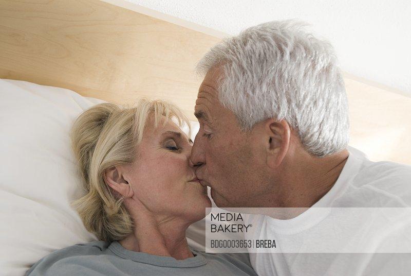 Секс видео пожилая женщина