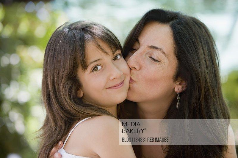 Mother Aunt Seduce Daughter