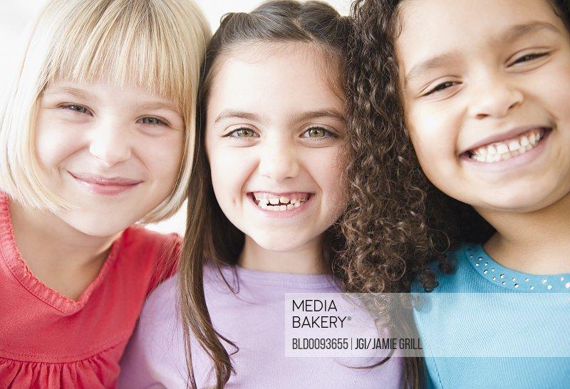 Children grinning together