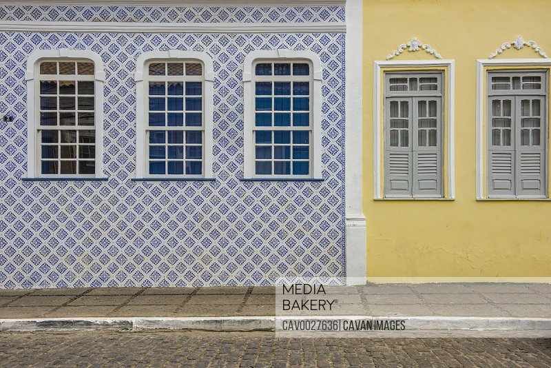 Colorful colonial houses in the historic city of Cachoeira<br><br><span style='color: red'>Editorial Use Only.</span><br><br>