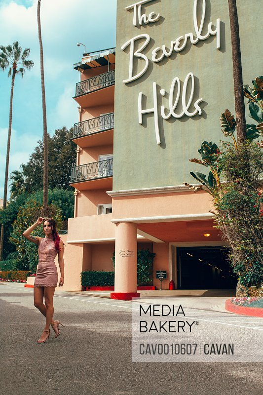 Young woman posing in Beverly Hills with vintage style <br><br><span style='color: red'>Editorial Use Only.</span><br><br>