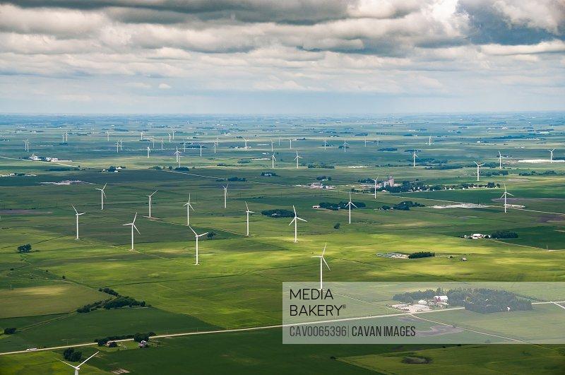 Midwest Wind Turbine Power Generators