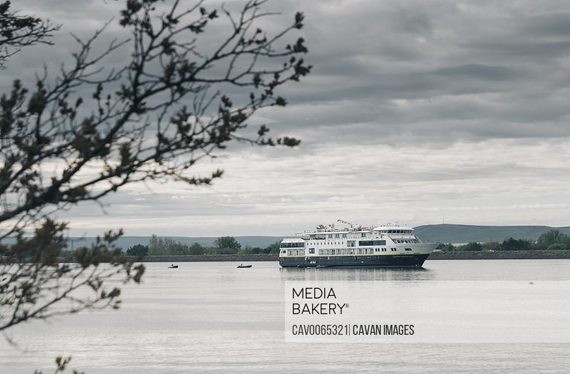 The National Geographic Explorer on the Columbia River.