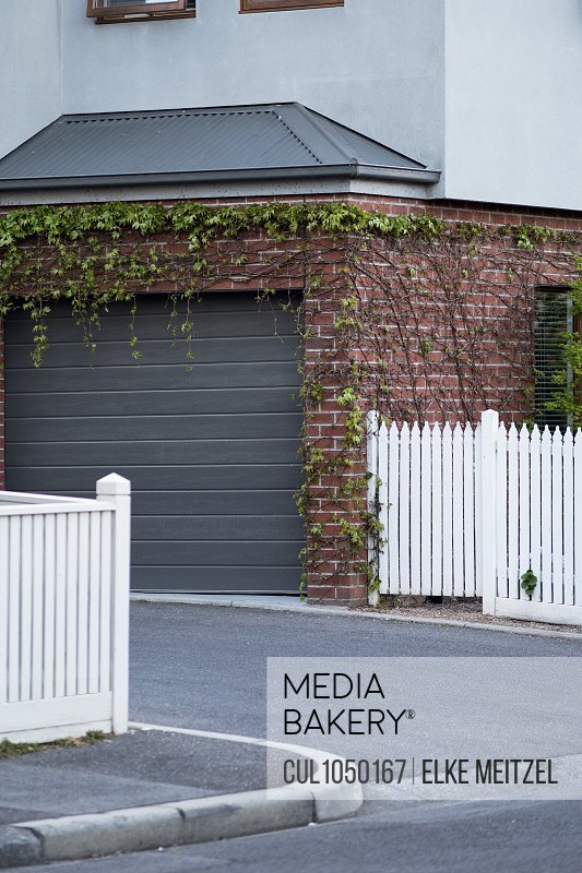 House with garage, Melbourne, Australia