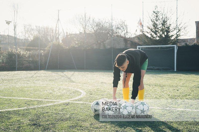 Football player preparing for practice