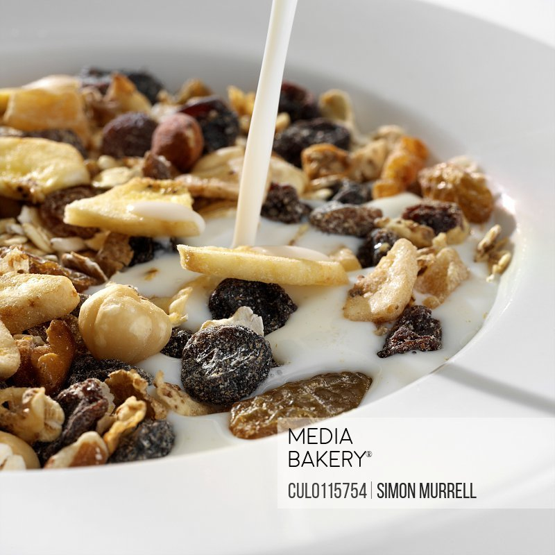 Bowl of muesli/n