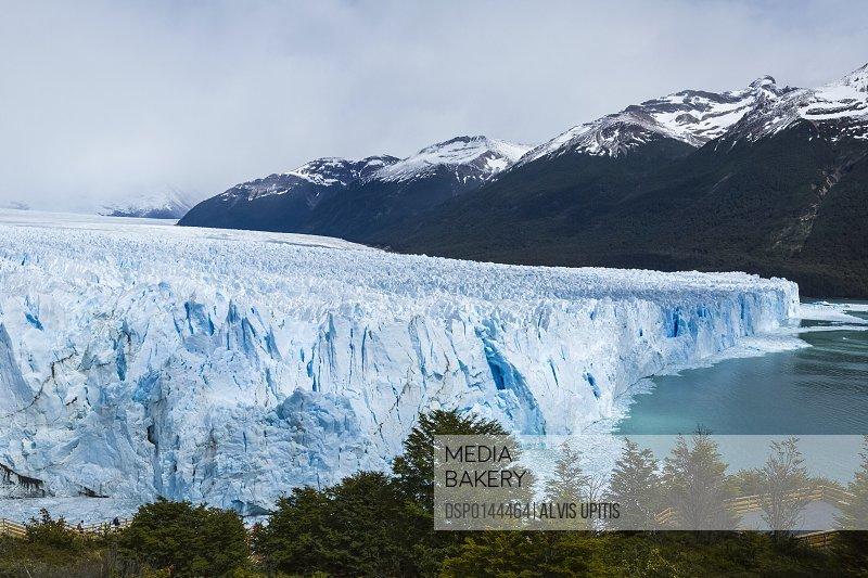 Perito Moreno Glacier in Los Glaciares National Park, Argentine Patagonia; El Calafate, Santa Cruz Province, Argentina