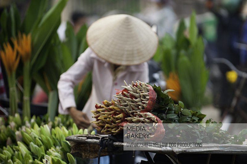 Women in Hanoi flower market