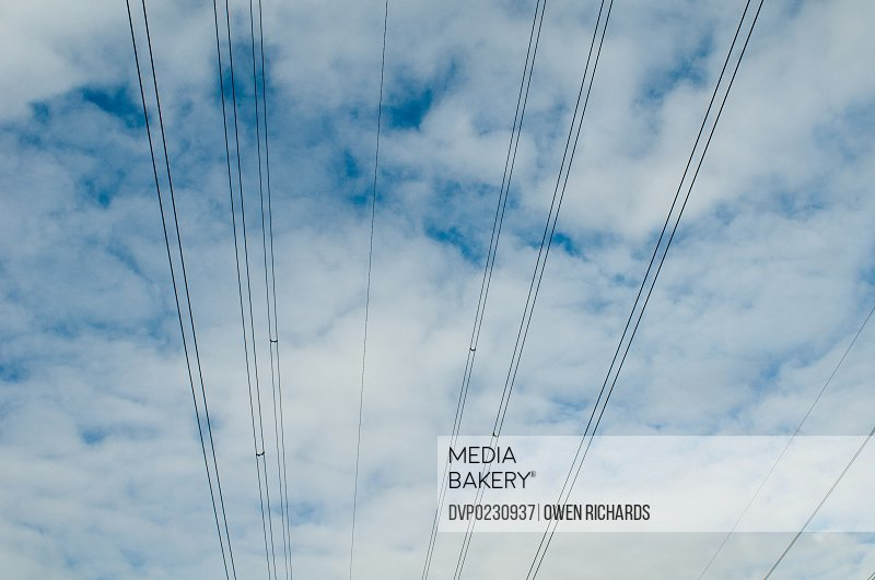 Overhead electricity lines