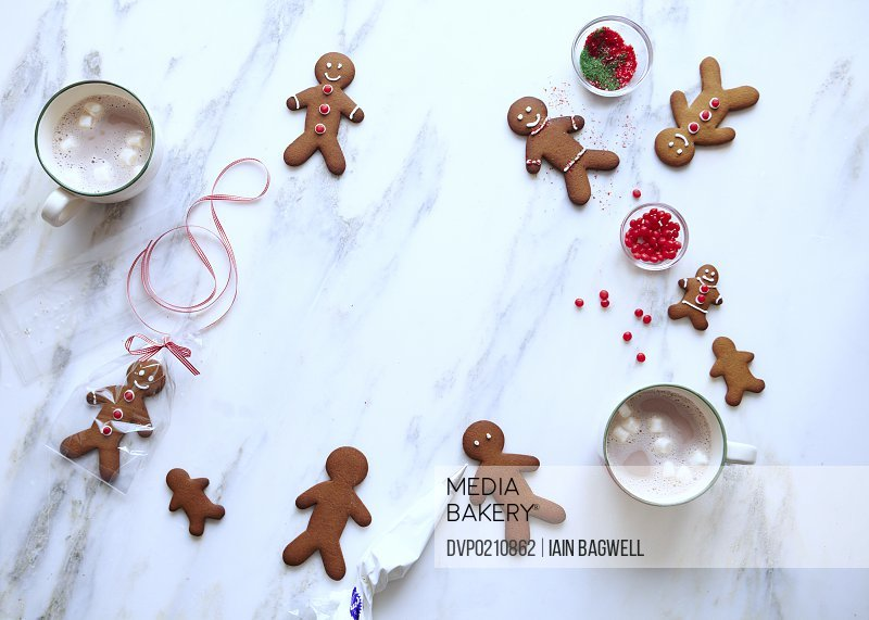 Gingerbread Cookies with Buttermilk Frosting Royal Icing Gingerbread Cocoa