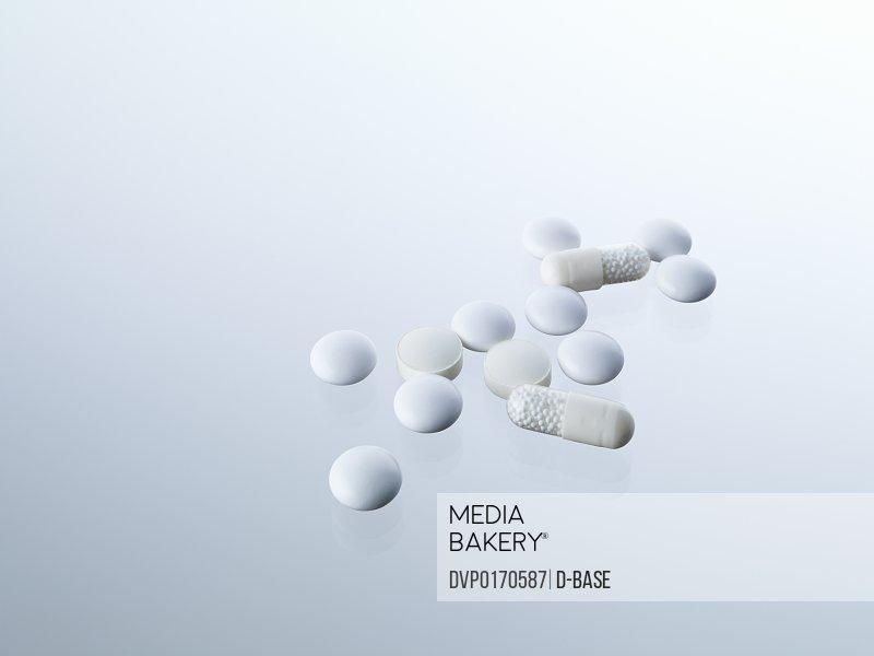 white capsule medicine