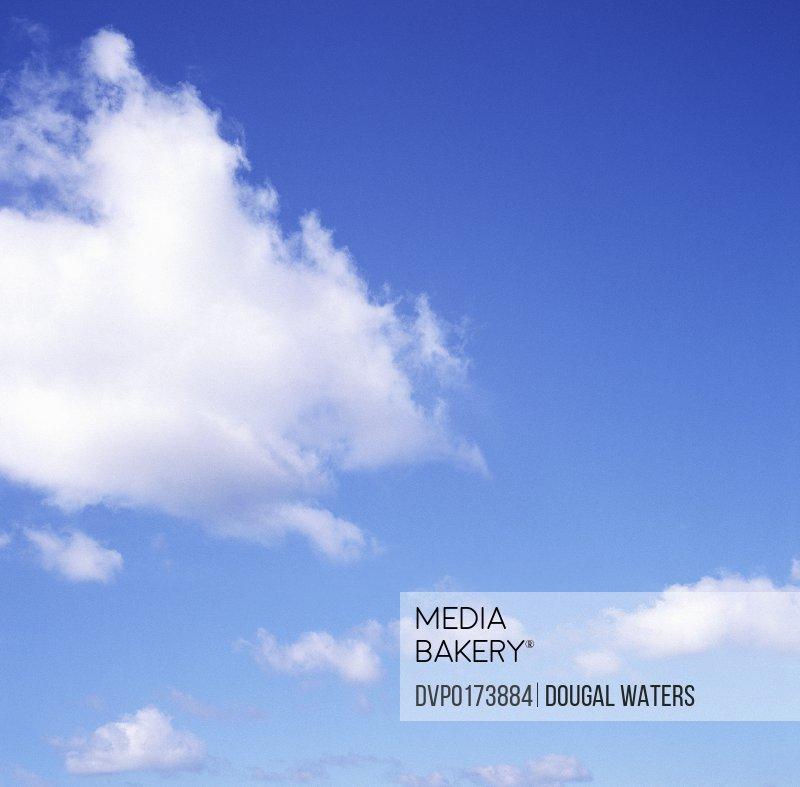 Fluffy cloud in blue sky