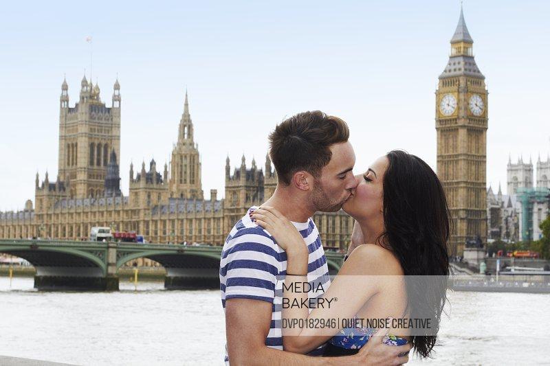 Couple enjoying romantic day in London