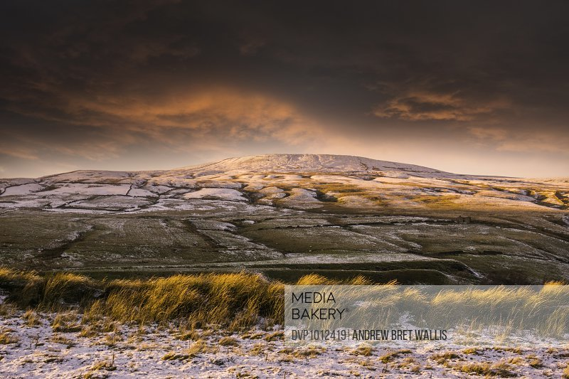 Low winter sunlight and frost in the dales