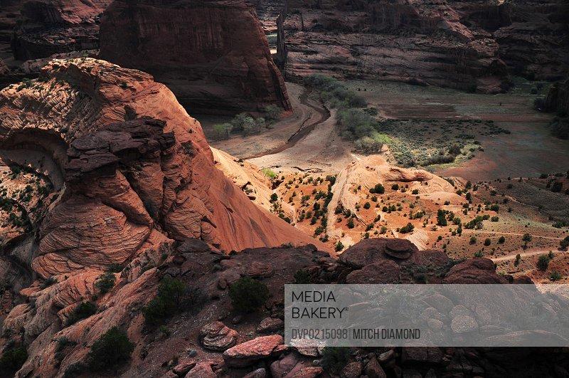 Canyon de Chelly desert landscape