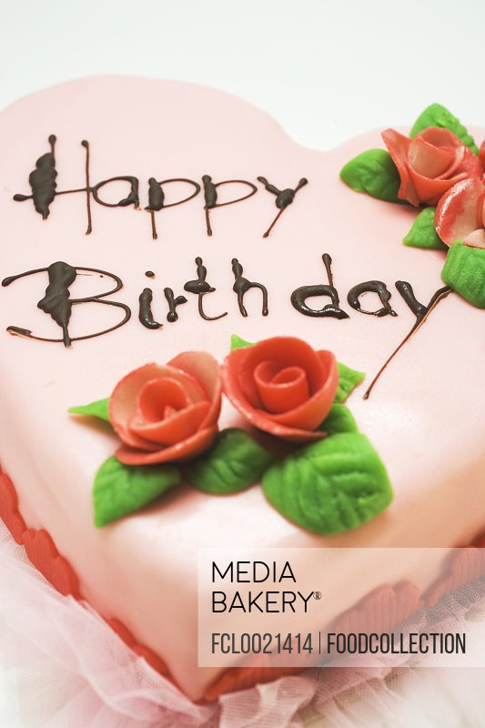 Mediabakery Photo By Stockfood Images Pink Heart Shaped Birthday
