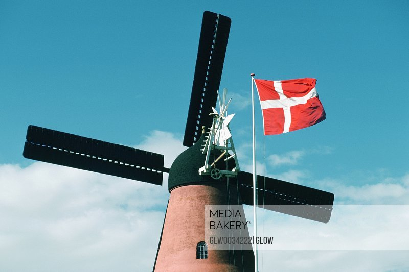 denmark economy To know the economic context of denmark : main economic sectors of denmark, growth forecast, unemployment rate, inflation these economic performances are also driven by domestic factors.
