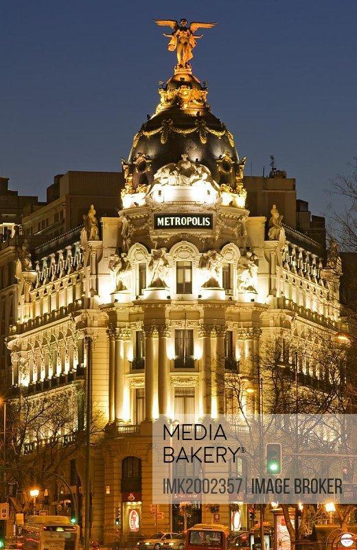 Metropolis building at Gran Via at dusk, Madrid, Spain, Europe