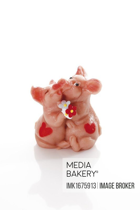 Marzipan pig lovers