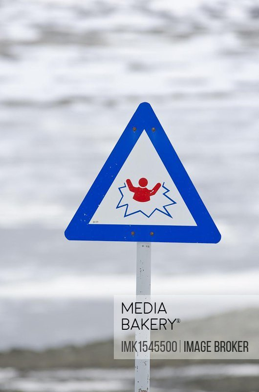 Attention risk of breaking the ice, warning sign, Norway, Scandinavia, Northern Europe, Europe