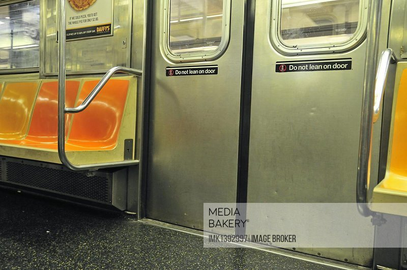 Metro, subway, Manhattan, New York City, USA, North America, America, PublicGround, North America
