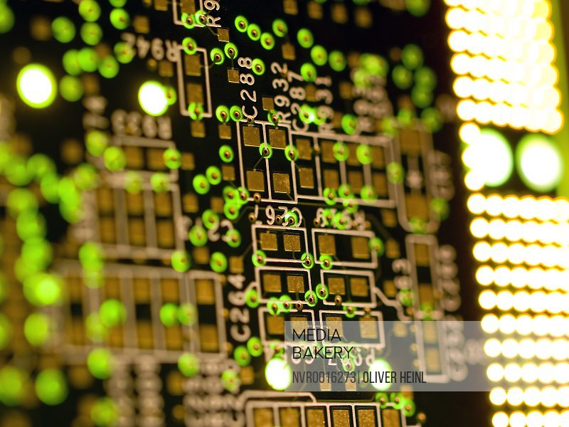 Mediabakery - Photo by Novarc Images - Circuit board manufacture