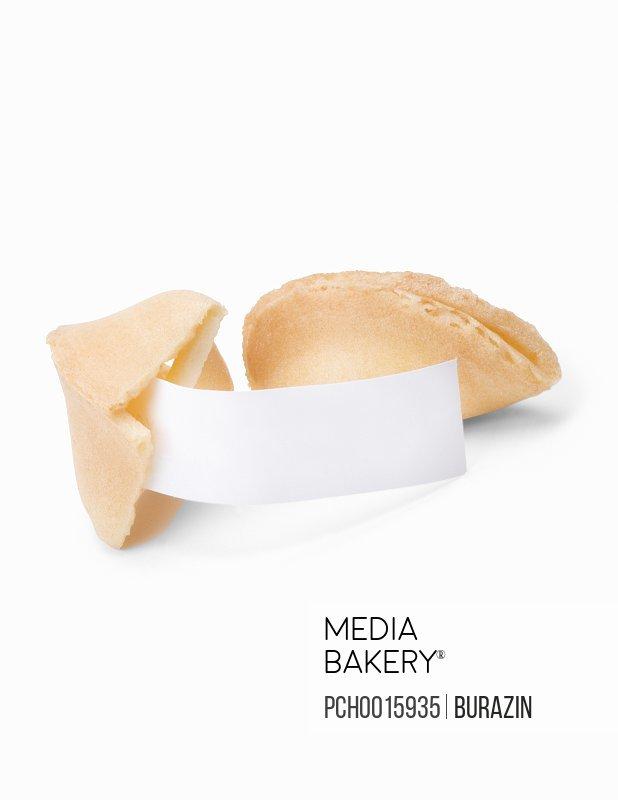 Broken fortune cookie with fortune