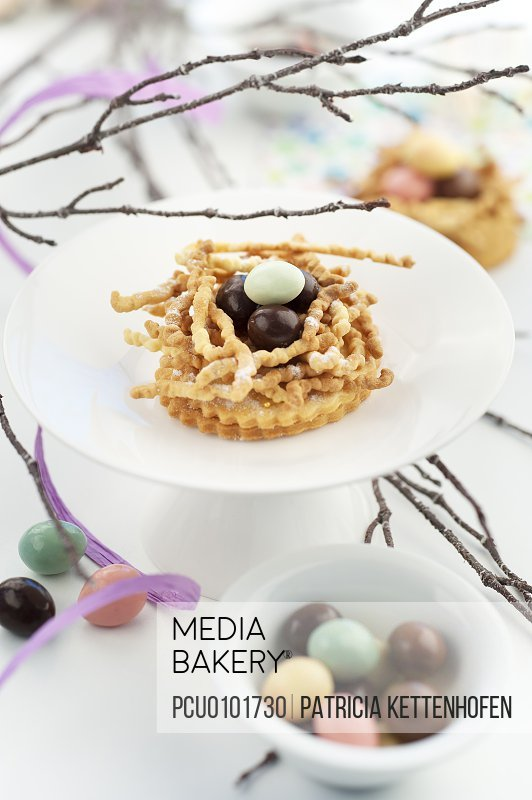 Easter egg tartlet