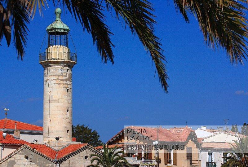 France, Gard (30), Le Grau du Roi, the lighthouse entrance to the por,