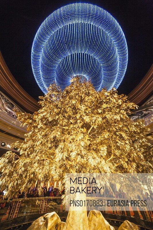 China,Macau,Wynn Hotel and Casino,The Atrium Tree of Prosperity Show
