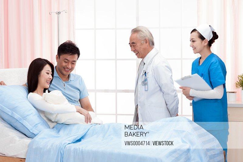The doctor visit patient