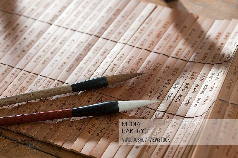 Writing brush and bamboo slips