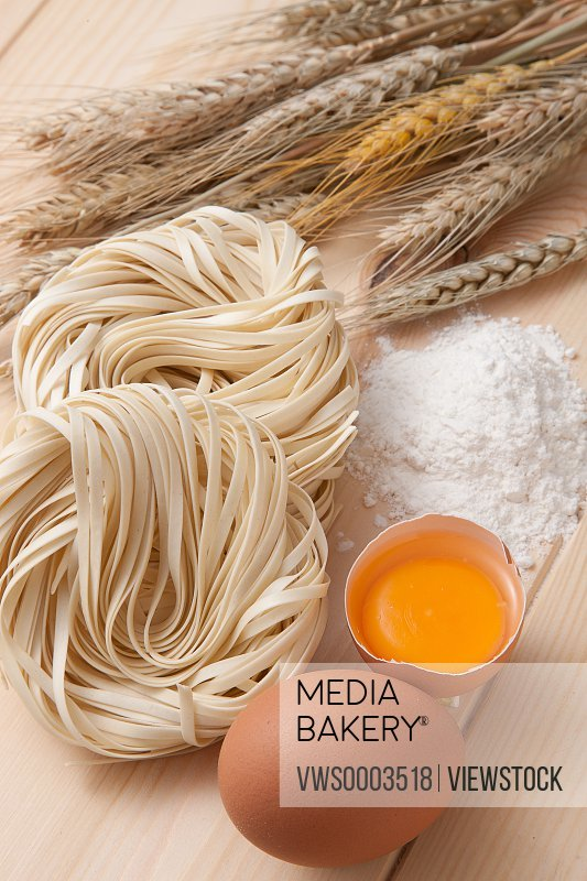 Vermicelli eggs,and wheats