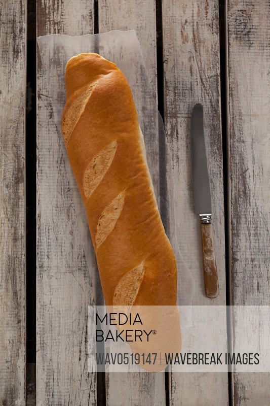 Baguette with knife