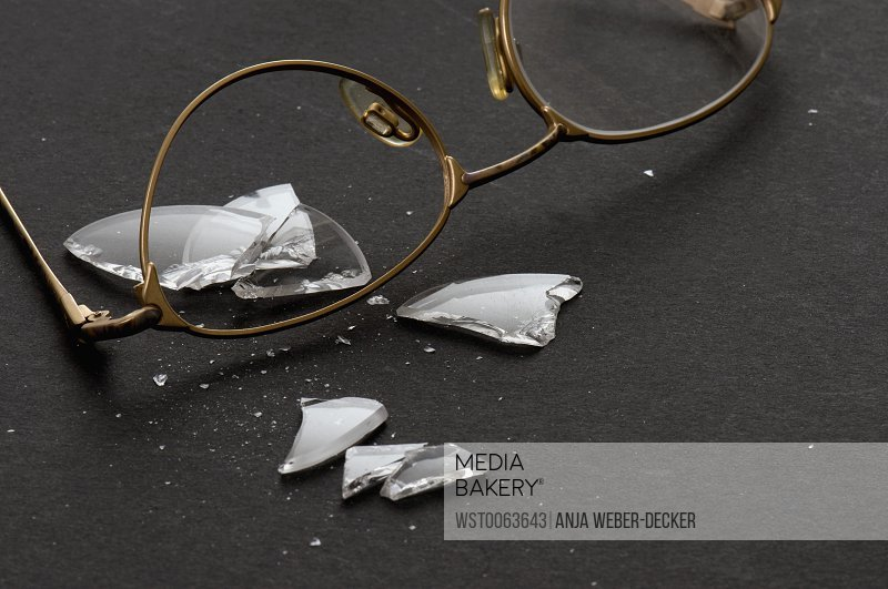 Broken spectacles
