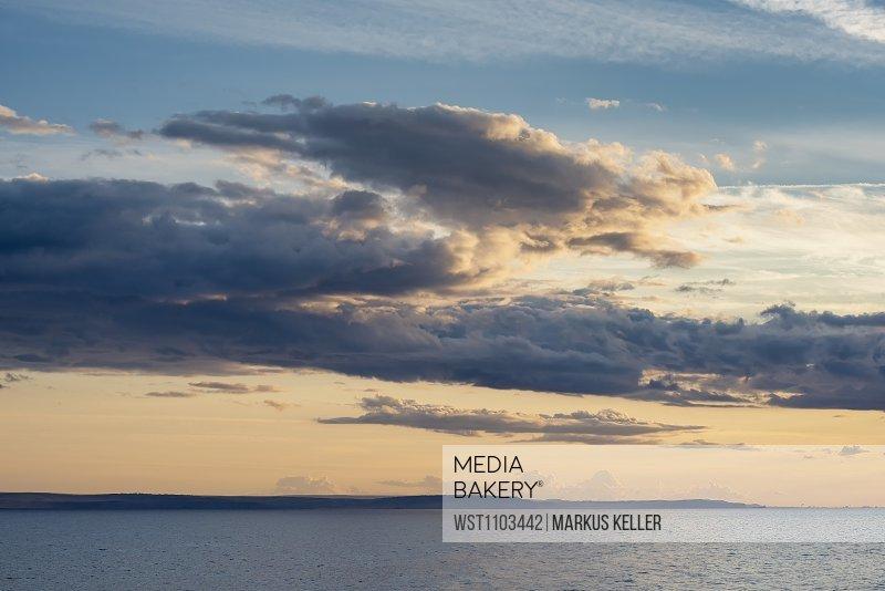 United Kingdom, Scotland, Highland, cloud mood in the evening light