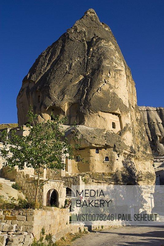 Turkey, Cappadocia, Goreme, View of cave dwelling